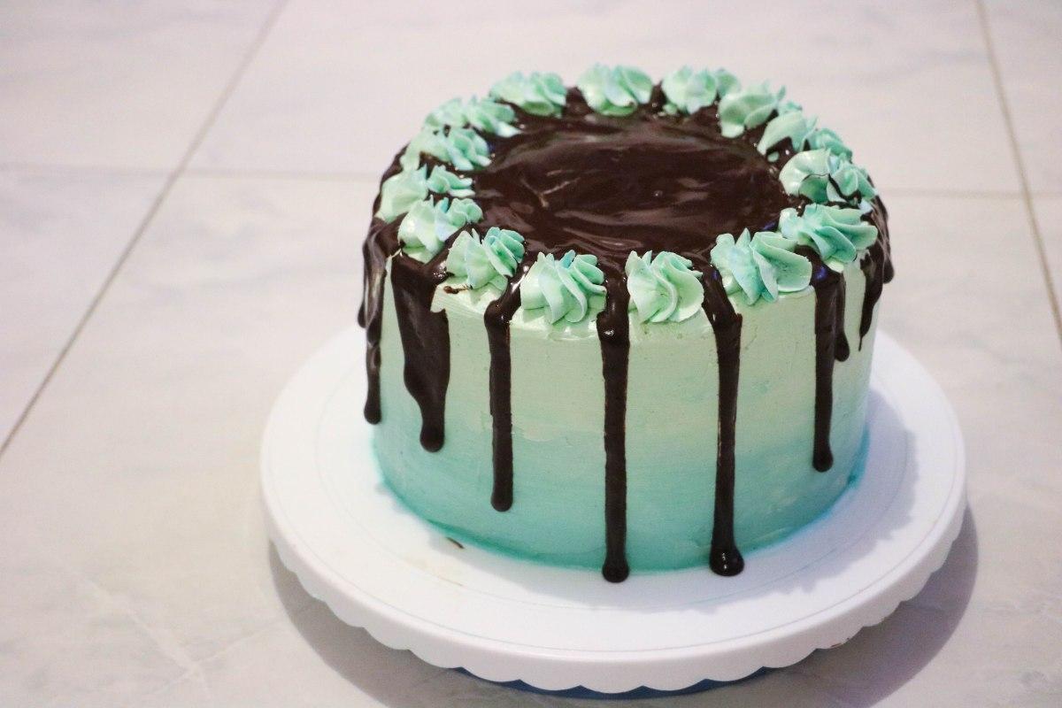 Ocean Ombre Cake